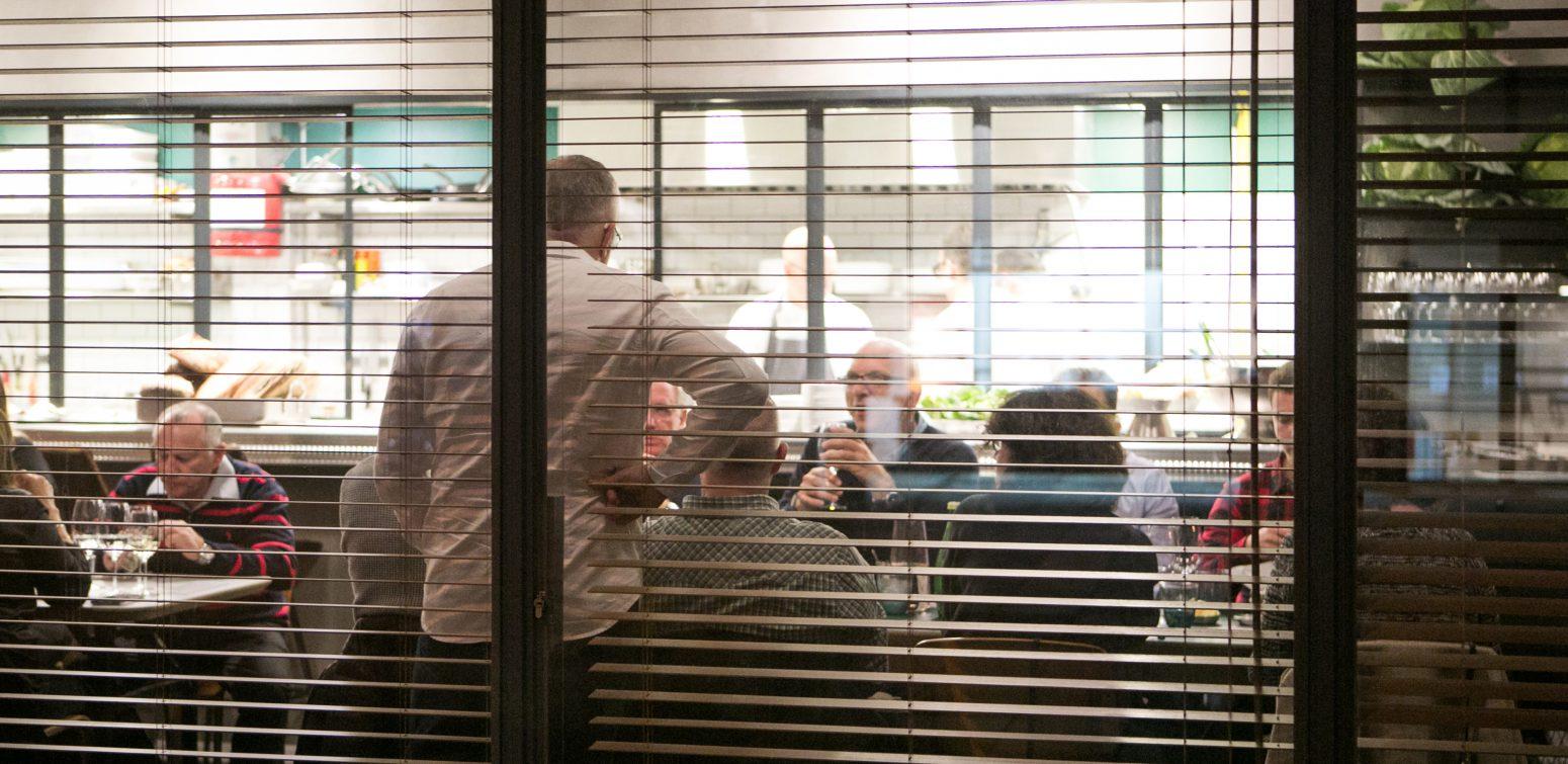 סטיבן לובל שיעורים במסעדנות בדנון בית הספר למקצועות הקולינריה בנמל תל אביב